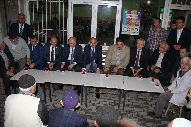 Mehmet Müezzinoğlu'ndan Miting Gibi Seçim Bürosu Açılışı