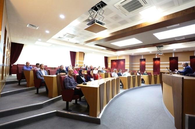 Serdivan Belediyesi'nden Etik Semineri