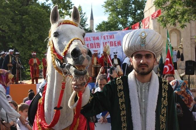 Temsili 'Akşemseddin' Attan Düşünce, Fatih Fethe TEK Başına Çıktı