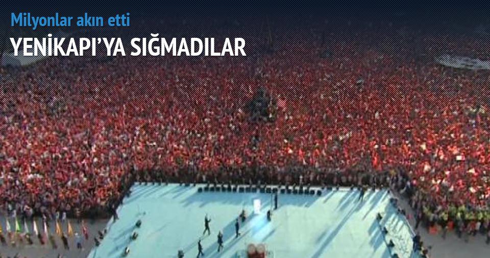 Yenikapı'da mahşeri kalabalık