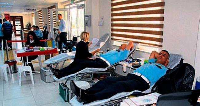 Kan ver sırayı kap