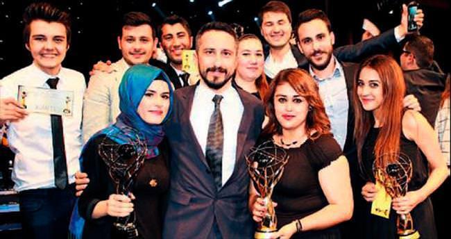MEÜ'nün iletişimcileri TRT'den ödüllerini aldı