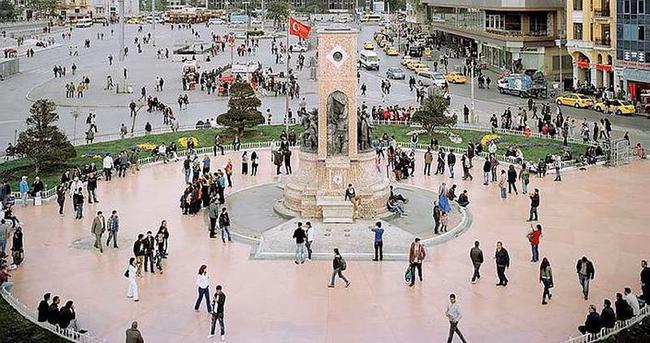 Taksim'e çıkan yollar kapatıldı