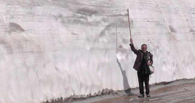 Muş'ta hala karlar erimedi