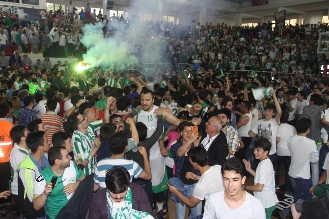 Giresun'da Türkiye Basketbol Ligi Kutlaması