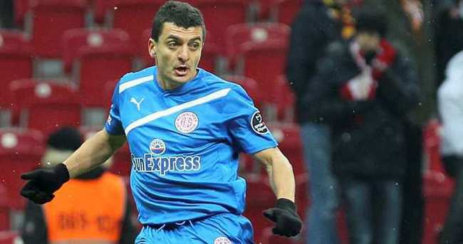 Mehmet Eren, Karşıyaka'ya transfer oldu