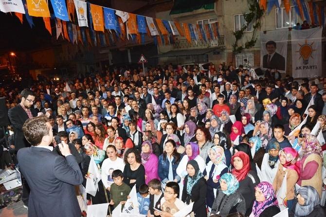 AK Parti Uşak Milletvekili Adayları Dikilitaş'ta 3 Bin Kişiyle Buluştu