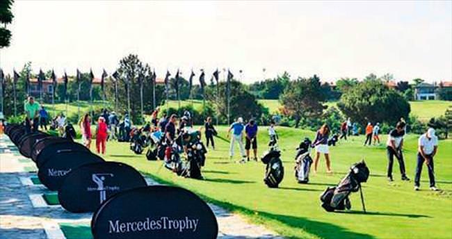 Golf tutkunları şampiyonluk için kıyasıya rekabet etti