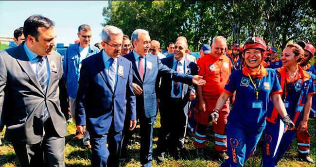 Doktor cinayetine Adana'da kınama