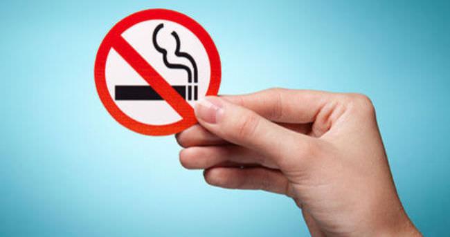 Pekin'de sigara içmek yasaklandı!