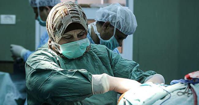 Gazze'nin tek kadın beyin cerrahı: 'Hayatımda korkuya yer yok'