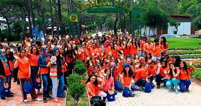 Gençler Antalya'yı gezdi