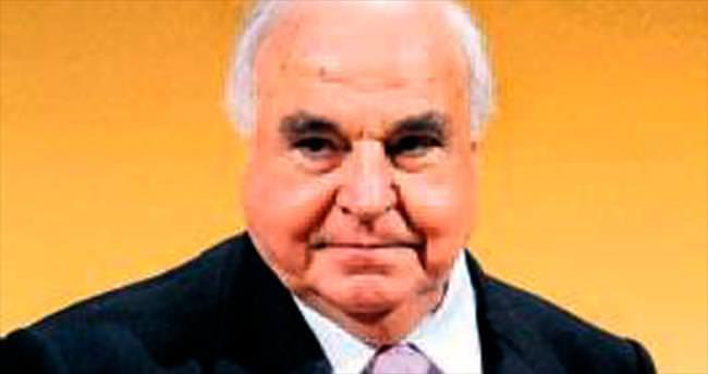 Helmut Kohl yoğun bakımda