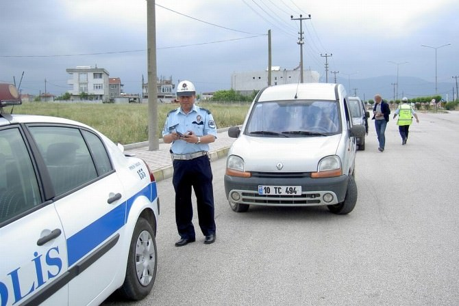Gönen'de Trafik Denetimleri Arttı