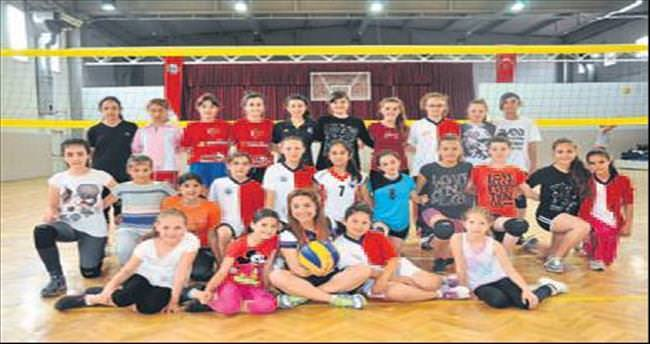 Menderes'te spor okulları açılıyor