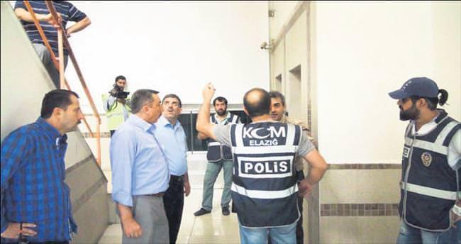 Elazığ'da Paralel dershane baskını...
