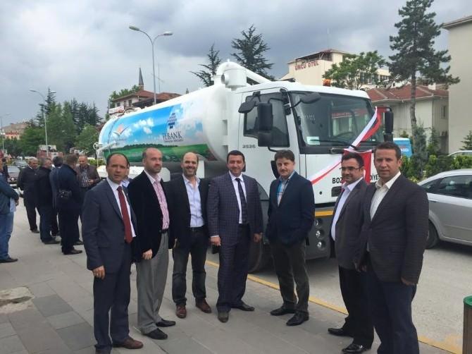Çevre Ve Şehircilik Bakanlığı'ndan Bozüyük Belediyesi'ne Verilen Hibe Araç Teslim Alındı