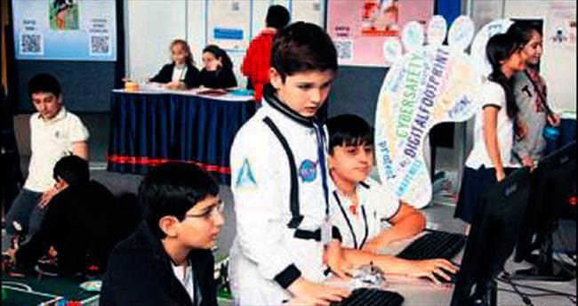 TED Ankara Koleji'nde bilişim teknolojisi fuarı
