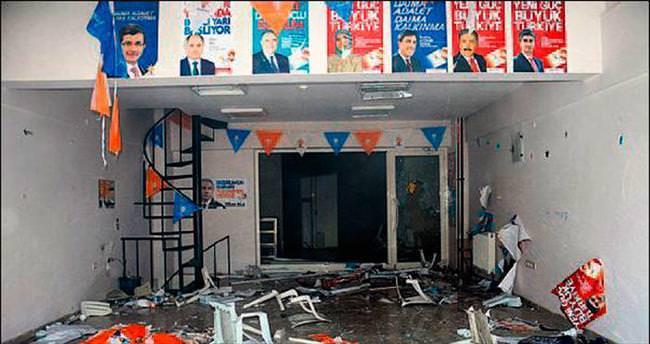 HDP'liler AK Parti bürosuna saldırdı
