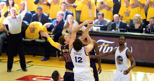 Warriors Cavaliers'ı uzatmada yıktı
