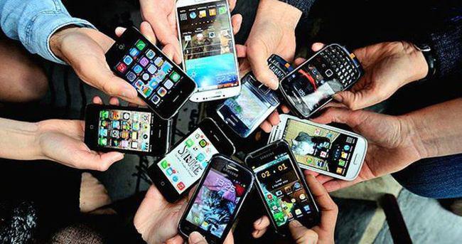 '2020'de Dünyanın Yüzde 70'i Akıllı Telefon Kullanıyor Olacak'