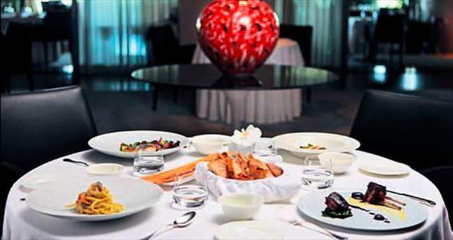 Dünyanın en iyi ikinci restoranı ödülü Bottura'ya