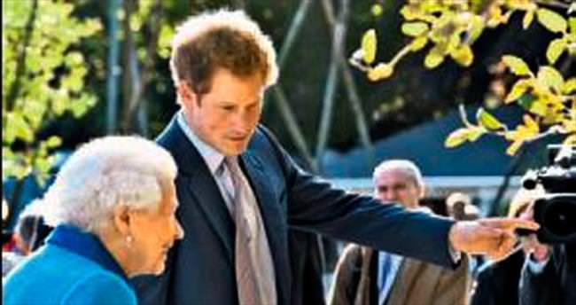Prens Harry şövalye oldu