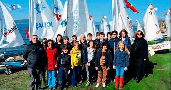 İÇDAŞ yelkencileri Sadun Boro'yu andı