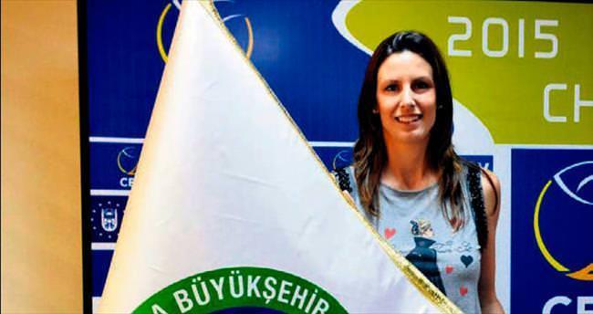 Jelena Nikolic Büyükşehir'e imzayı attı