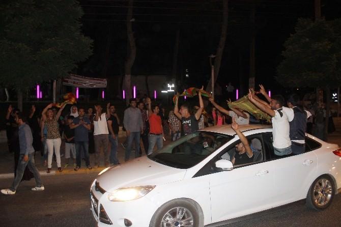 Mardin'de AK Parti Bayrağına Saldırı