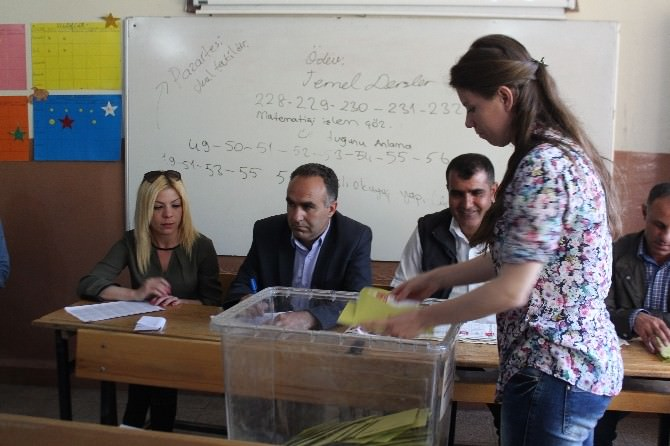 Bulanık'ta Oy Sayma İşlemi Bitti