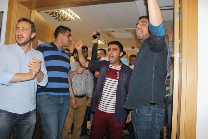 AK Parti İzmir Sessizliğini Bozdu