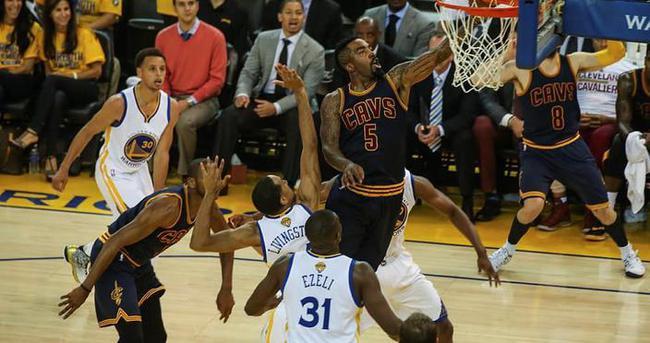 Cleveland Cavaliers seriyi eşitledi