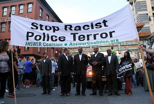 Jüri ABD'de siyahiyi öldüren polisi suçlu buldu