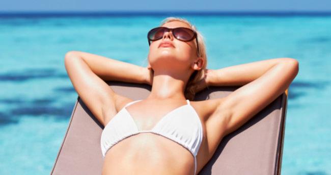 Kadınlar güneşten yeterli vitamini alamıyor