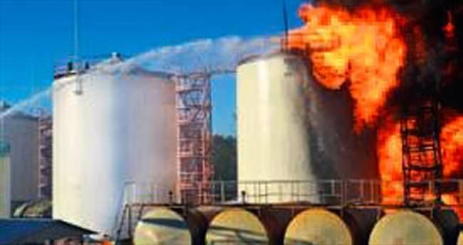 Kiev'de yakıt deposu 'kundaklandı'