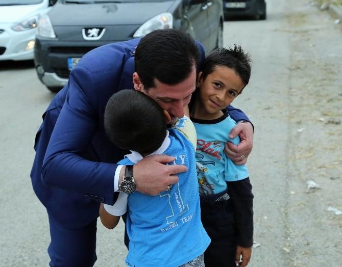 Başkan Tok'tan Çocuklara 'Halı Saha' Sözü