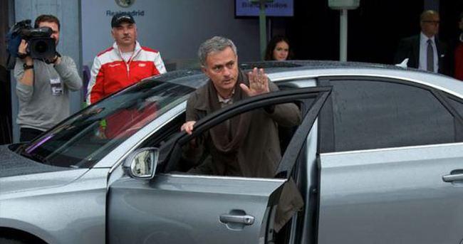 İngiliz polisi Mourinho'ya acımadı