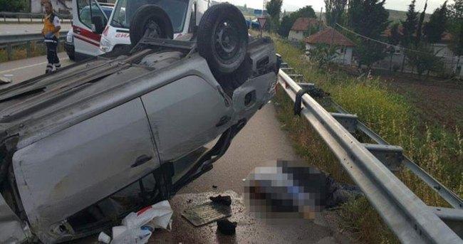 Otomobil takla attı: 2 ölü