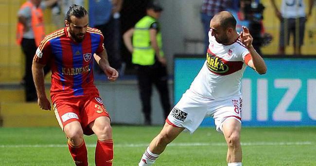 Sivasspor, Erkan Kaş ile anlaştı