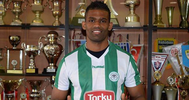 Torku Konyaspor'a Portekizli stoper