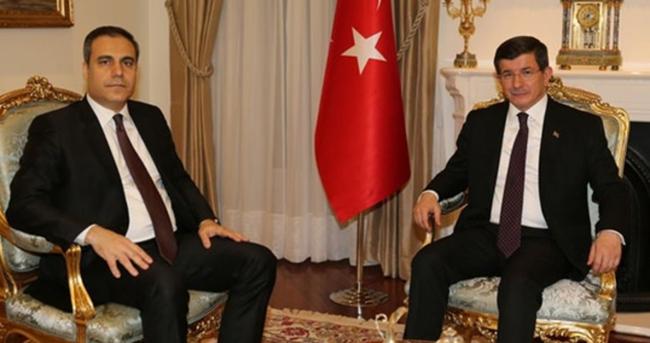 Davutoğlu, Hakan Fidan'la görüştü