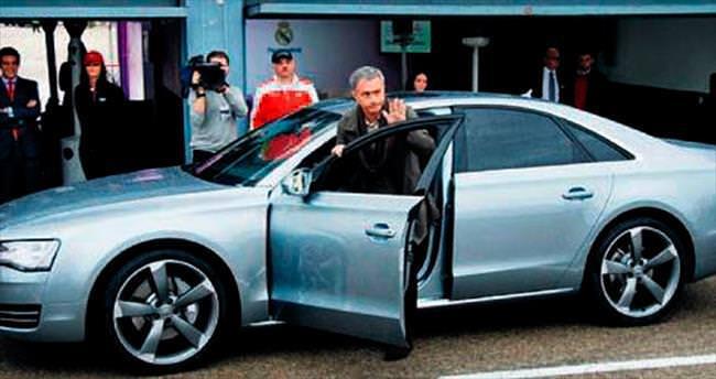 Mourinho'ya araba yasak