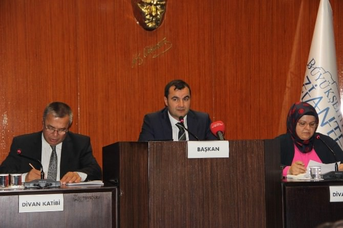 Büyükşehir Belediyesi Meclis Toplantısında 79 Madde Görüşüldü