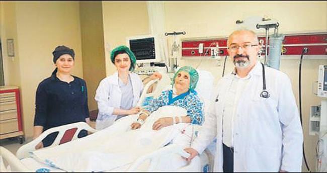 75 yaşında, açık kalp tümörü ameliyatı oldu