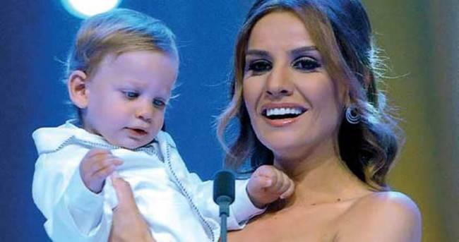 Esra Erol 4 aylık hamile