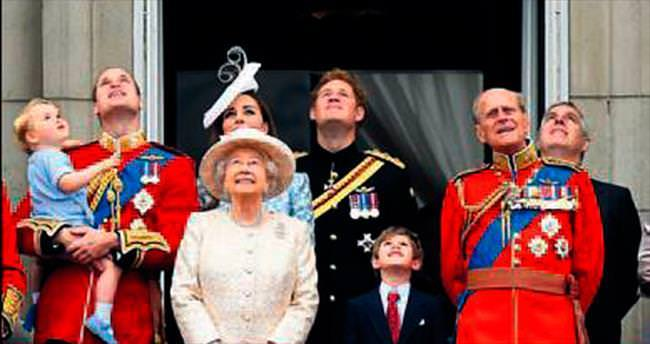 Kraliçe 89 yaşında