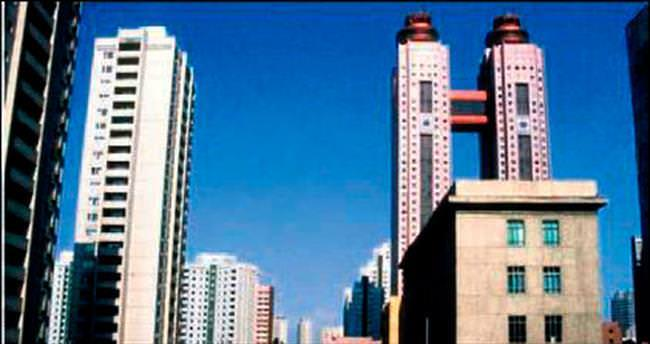 Kuzey Kore'nin dev otelinde yangın çıktı