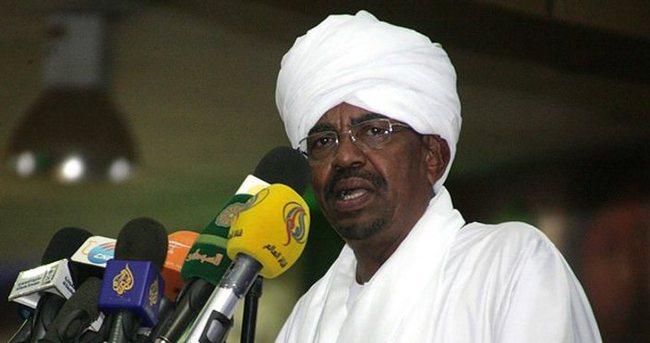 Sudan Devlet Başkanı Beşir'e Güney Afrika'dan çıkış yasağı