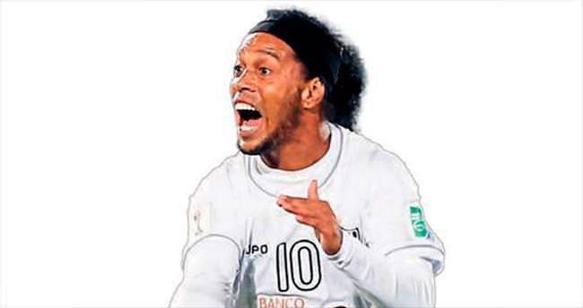 Ronaldinho işi arapsaçı